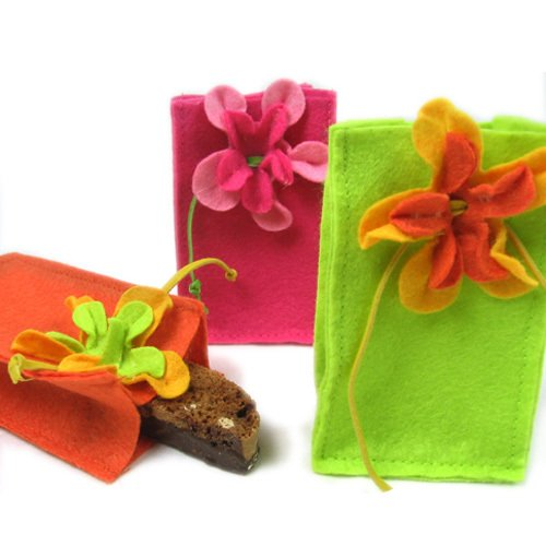 Felt Favor Bag with Flower